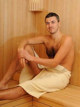 Man in sauna for weight loss